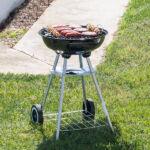 Kép 6/8 - BBQ Classics Faszenes Barbecue Sütő Tetővel és Kerekekkel
