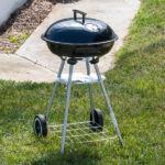 Kép 2/8 - BBQ Classics Faszenes Barbecue Sütő Tetővel és Kerekekkel