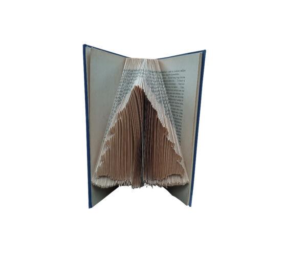 Egyedi kézzel készített könyvszobor, Fenyőfa mintázat